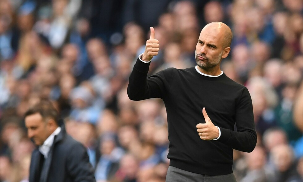 VINNERSKALLE: Pep Guardiola og Manchester City er ute etter å sette rekorder i Premier League. Foto: AFP PHOTO / Paul ELLIS / NTB Scanpix
