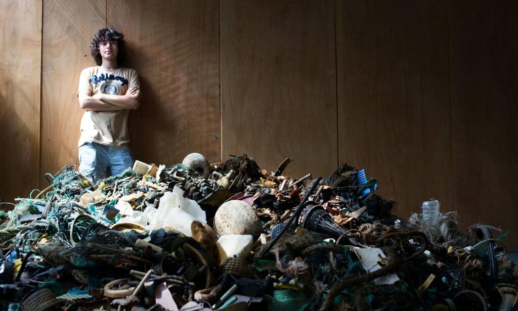 VIL RYDDE OPP: Boyan Slat er grunnlegger og administrerende direktør av The Ocean Cleanup, som utvikler systemer for å fjerne plastikk fra havet. <br>Foto: AFP / THE OCEAN CLEANUP