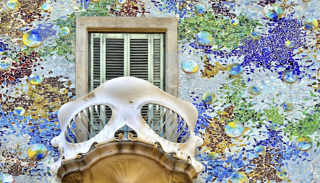 <strong>FARGERIKT:</strong> Casa Batlló er en av mange fantastiske bygninger tegnet av Antoni Gaudí i Barcelona.
