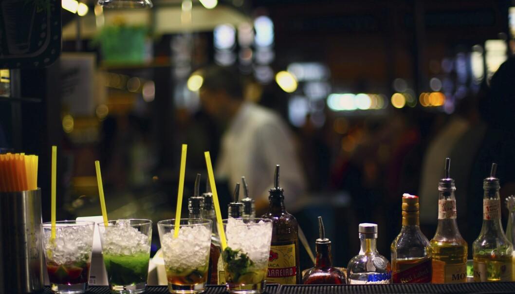 <strong>DEILIGE DRINKER:</strong> På kveldstid blir San Miguel-markedet et utested der du får deilige drinker.