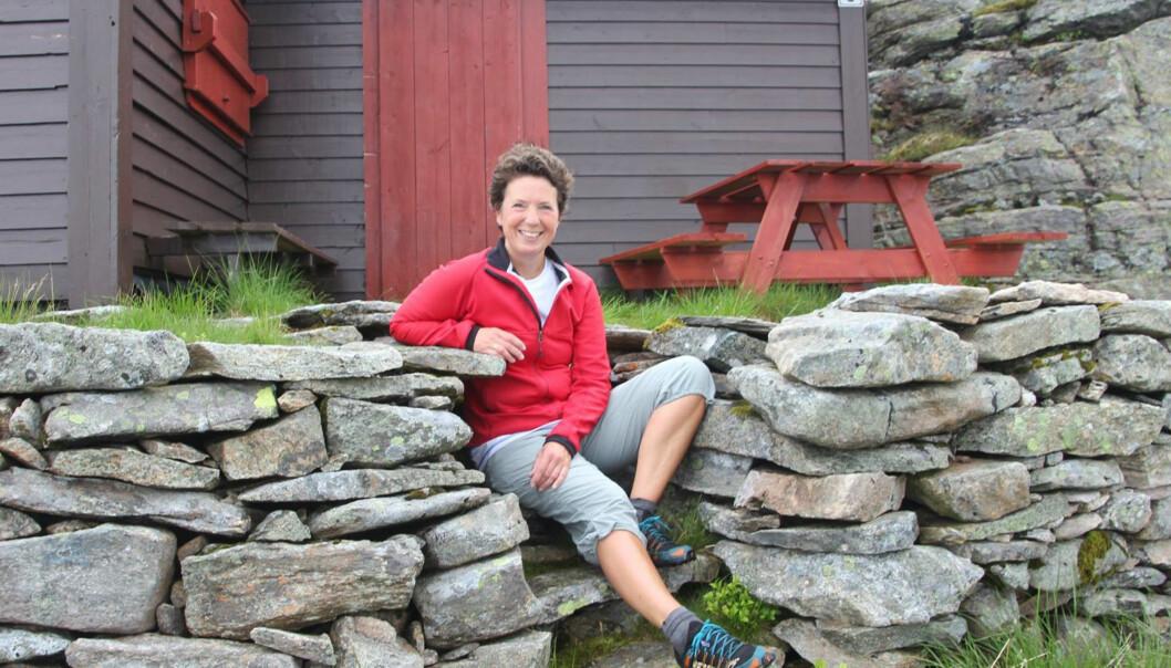 <strong>AVSLAPPET:</strong> -Jeg har slått meg til ro med det å bli eldre, smiler Tine Sundal (51). Foto: Privat.