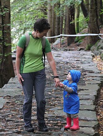 <strong>FARMOR:</strong> Heldigvis er noen ting viktigere enn alt annet. Foto: Privat.