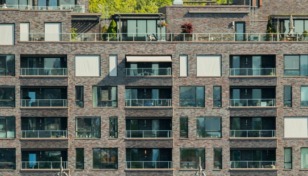 <strong>DYRT:</strong> Flere mener at Oslo er i ferd med å støte fra seg sine egne innbyggere på grunn av de høye boligprisene. Her fra Sørenga, der du må ut med nærmere 90.000 kroner kvadratmeteren for en ny leilighet. Foto: Vidar Ruud, NTB Scanpix