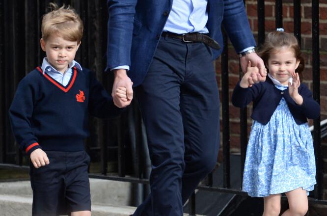 STORESØSKEN: Prins George og prinsesse Charlotte på vei for å se sin nye lillebror. Foto: NTB Scanpix