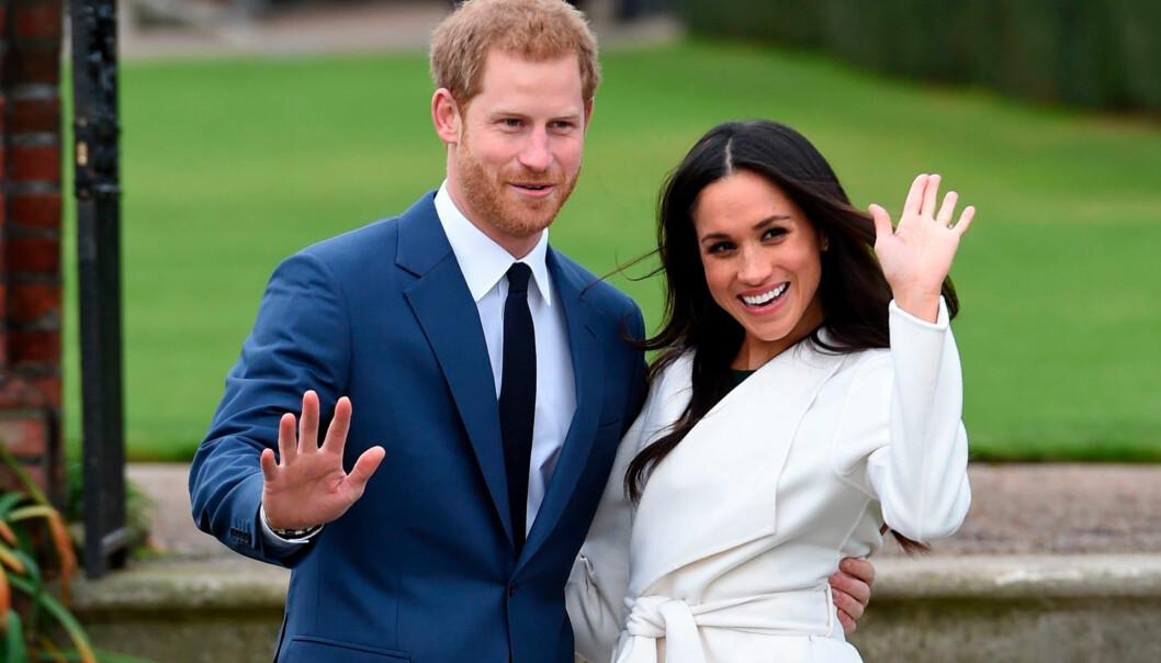 FORLOVET: Meghan Markle og prins Harry forlovet seg i november, og om kort tid kan de kalle seg for rette ektefolk. Foto: Eddie Mulholland / AP