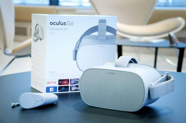FIN PAKKE: Oculus Go leveres i en fin eske, og inni finner du fin maskinvare. VR-brillene har en kvalitetsfølelse vi sist følte med langt dyrere Oculus Rift. Foto: Ole Petter Baugerød Stokke