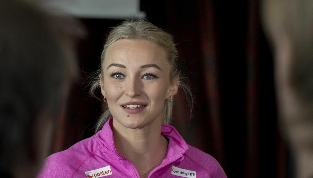 LIVET SMILER: Stine Bredal Oftedal gjorde nettopp comeback etter en ankelskade, og også utenfor banen er hun svært fornøyd med livet om dagen. Foto: Vidar Ruud / NTB scanpix