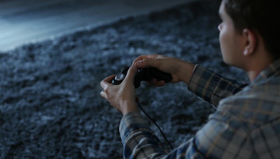 LEKEVÅPEN OG SKYTESPILL: Ekspertene mener at videospill som inneholder krig og skyting ikke kan påvirke barn negativt. FOTO: NTB scanpix