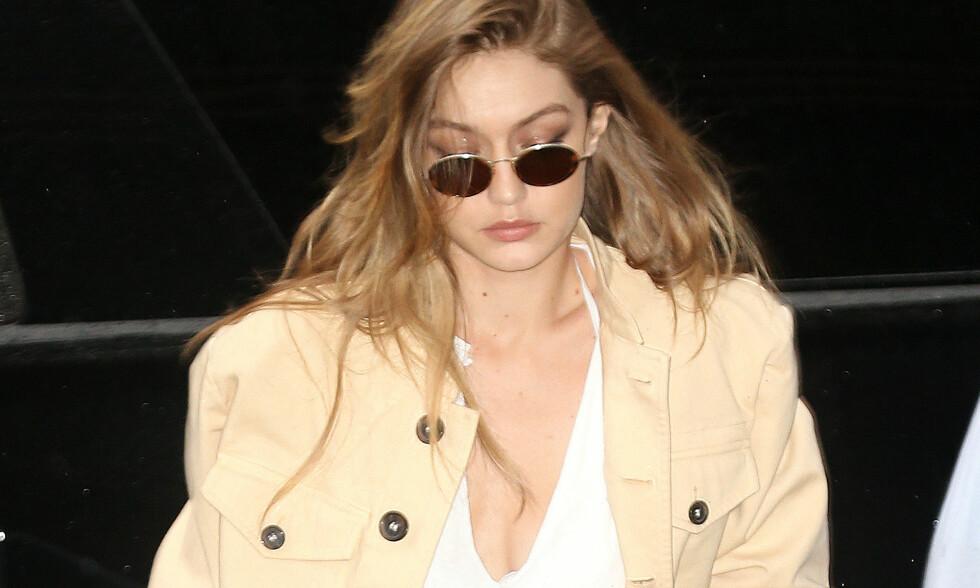 BEKLAGET: Supermodell Gigi Hadid har stilt opp på forsida av Vogue en rekke gangen. Hennes seineste modelloppdrag for dem gikk ikke helt som hun ønsket. Foto: NTB scanpix