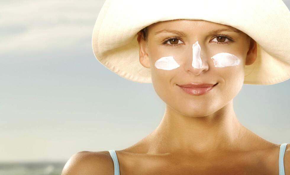 SOLBRENT: Etter en lang vinter er ikke huden vår forberedt på de sterke solstrålene. Foto: NTB Scanpix / Shutterstock