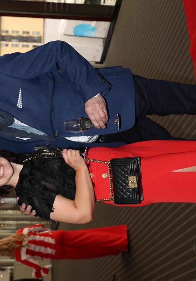 <strong>HEMMELIG DAME:</strong> Eyvind Hellstrøm overrasket ved å dukke opp på rød løper sammen med sin «hemmelige» kjæreste Anita. Foto: Andreas Fadum