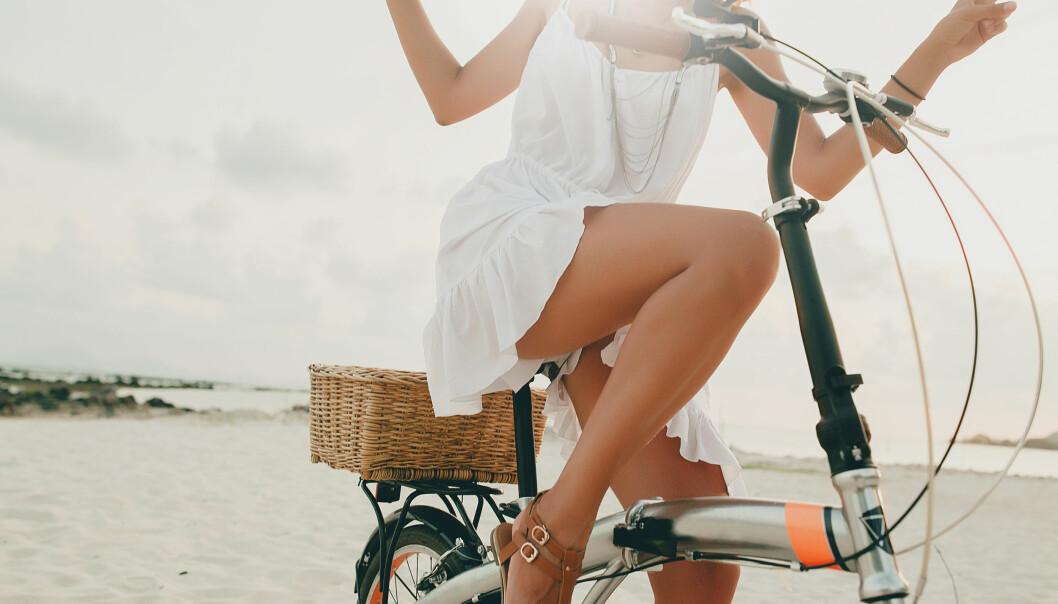 BARE LEGGER: Det nærmer seg shorts- og kjolesesong, og hva er vel ikke bedre enn å starte sommeren med gyldenbrune legger allerede før sola får gjort jobben? FOTO: NTB Scanpix