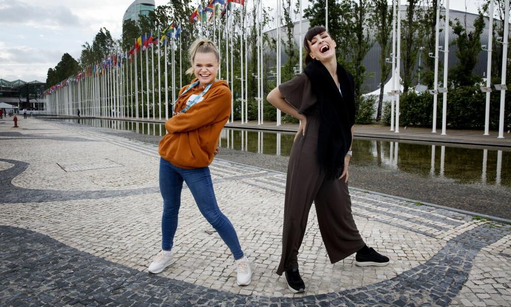 RYBAKS DANSERE: Lisa Børud og Lene Kokai Flage er blant danserne til Alexander Rybak. De ble begge håndplukket til å jobbe med den norske artisten. Foto: Henning Lillegård / Dagbladet .