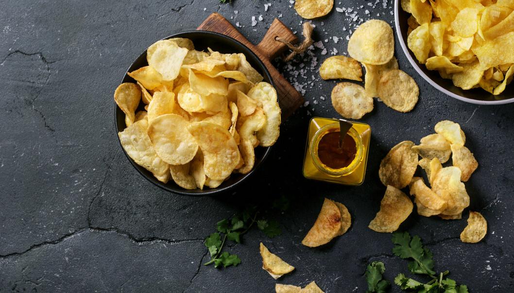 CHIPS: Velger du sunnere chips og spiser mer går vinninga fort opp i spinninga ifølge ekspertene. FOTO: NTB Scanpix
