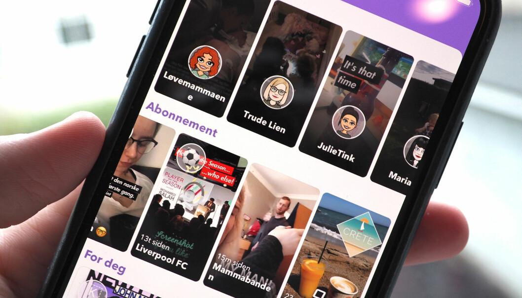 <strong>ENDELIG:</strong> Nå som mange kanskje har blitt vant til å bruke nye Snapchat, endrer de tilbake til nesten sånn det var før. Venners stories er tilbake på høyre side igjen. Foto: Kirsti Østvang