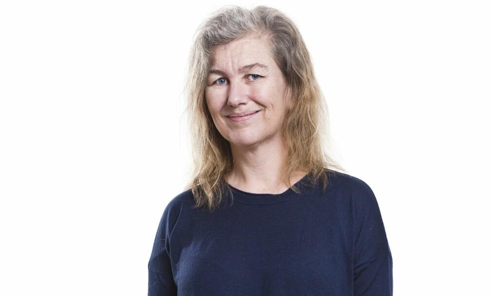 <strong>BLI NY:</strong> Anette (46) ble ny med KK! Se hvor stilig hun ble med ny frisyre og hårfarge! FOTO: Astrid Waller (styling: Afaf Ali. Hår: Nina Miljanic. Makeup: Moa Evelina Larsson). FOTO: Astrid Waller