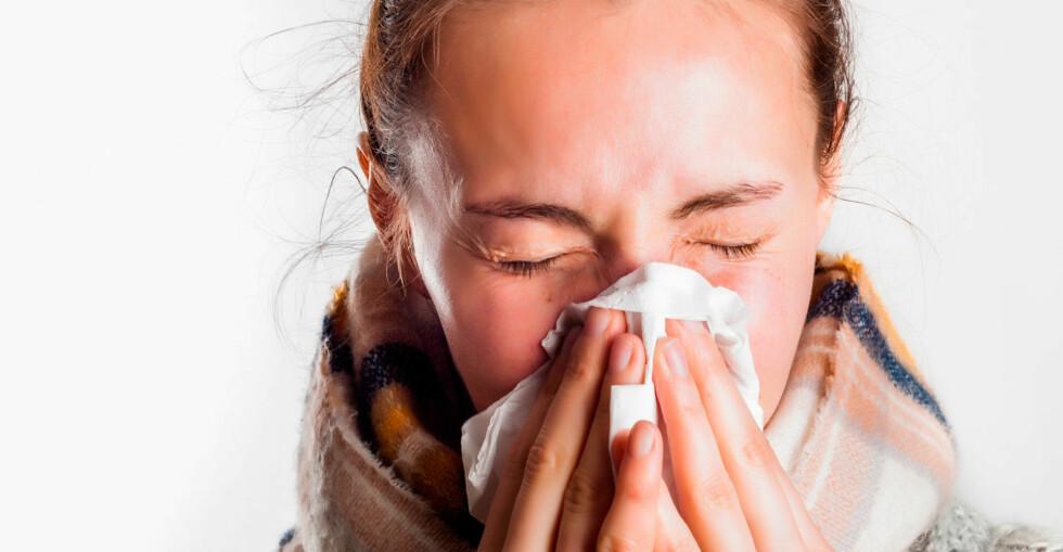 KRONISK NESETETTHET: Hvis man er tett i nesen over lengre tid, er det sannsynligvis ikke forkjølelse som er årsaken. Foto: NTB Scanpix / Shutterstock