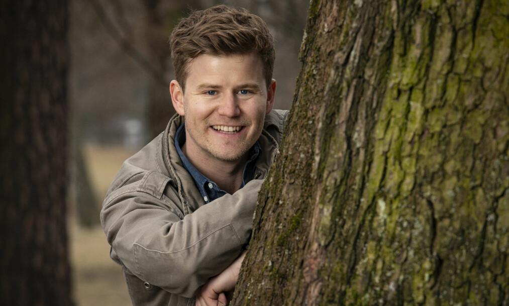 FOLKEKJÆR: Humoristen og programlederen Nicolay Ramm har for lengst blitt et kjent og kjært ansikt for det norske folk. Nå er han på plass i NRKs gullrekke på fredagskvelden. Foto: Tor Lindseth