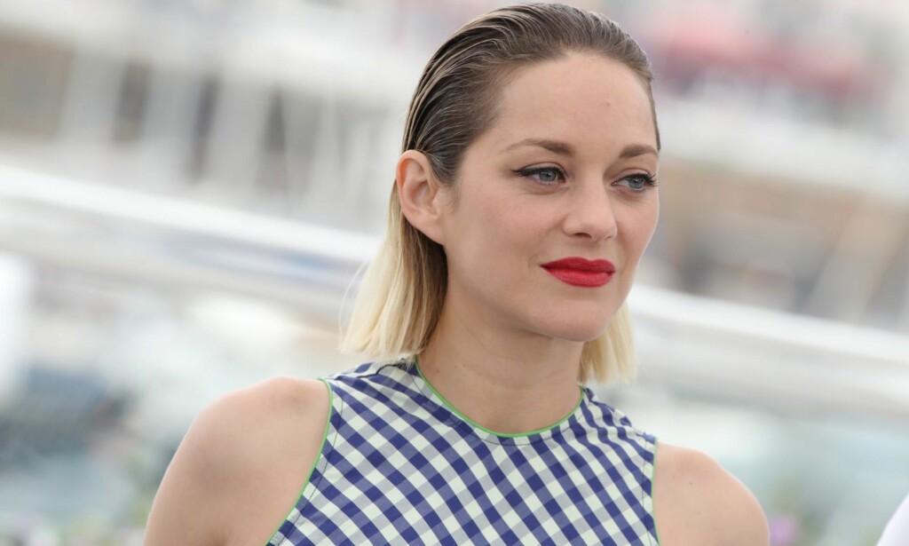MØDRE OG DØTRE: Marion Cotillard (42) syntes det var vanskelig å skilles fra den unge skuespilleren som spiller datteren hennes i «Angel Face». Foto: Matt Baron / Shutterstock / Scanpix