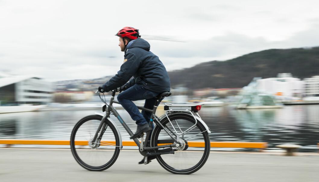<strong>IKKE FARTSFANTOMER:</strong> Elsyklister sykler bare litt fortere enn vanlige syklister. De er heller ikke mer utsatt for ulykker, viser ny undersøkelse. Foto: Berit Roald/NTB scanpix