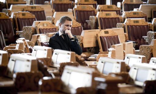 image: Enorm refs av Høie i Stortinget: - Bare et spørsmål om tid før liv går tapt