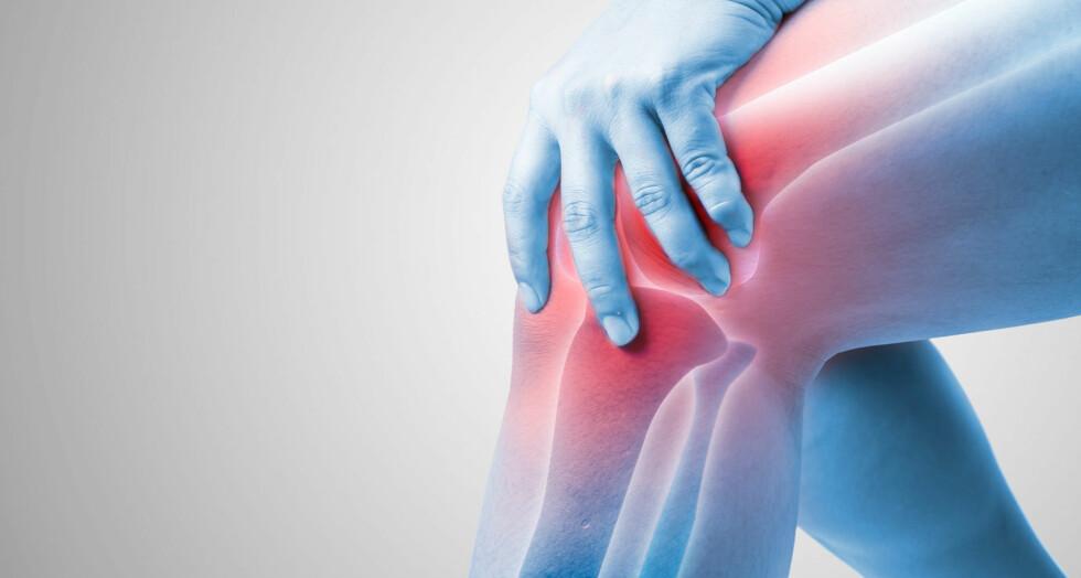 """IRRITASJON OG HOVENT: Væskesamling i kneet kalles ofte """"vann i kneet""""."""
