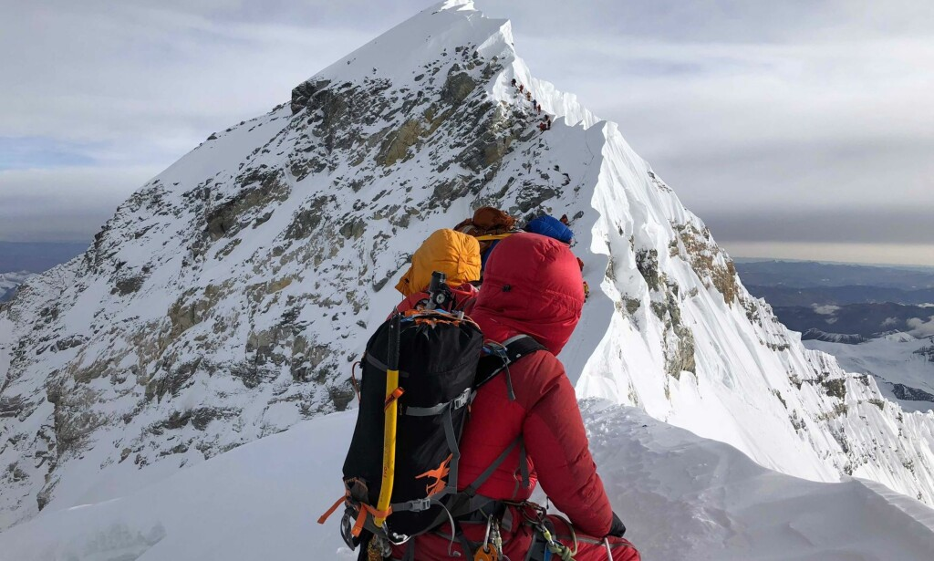 TOPPEN I SIKTE: 14. mai nådde Moa Hundseid toppen av Mount Everest sammen med to sherpaer hun ikke kan få takket nok for hjelpen. Foto: Moa Hundseid