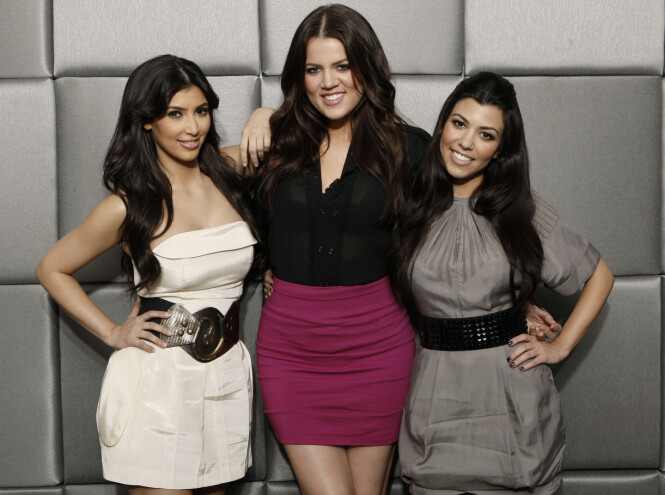 <strong>KARDASHIAN-SØSTRENE:</strong> Kim, Khloe og Kourtney har tjent store penger på tv-serien Keeping Up With The Kardashians. Foto: Scanpix