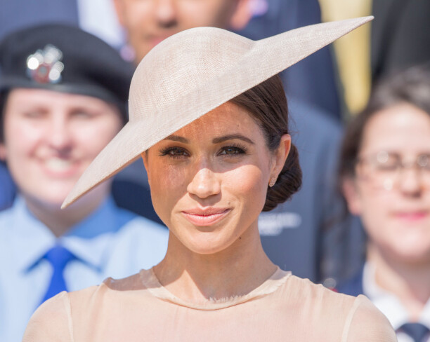 PÅ JOBB: Tirsdag gjorde Meghan Markle, nå hertuginne av Sussex, sin første opptreden som gift kvinne. Foto: NTB scanpix