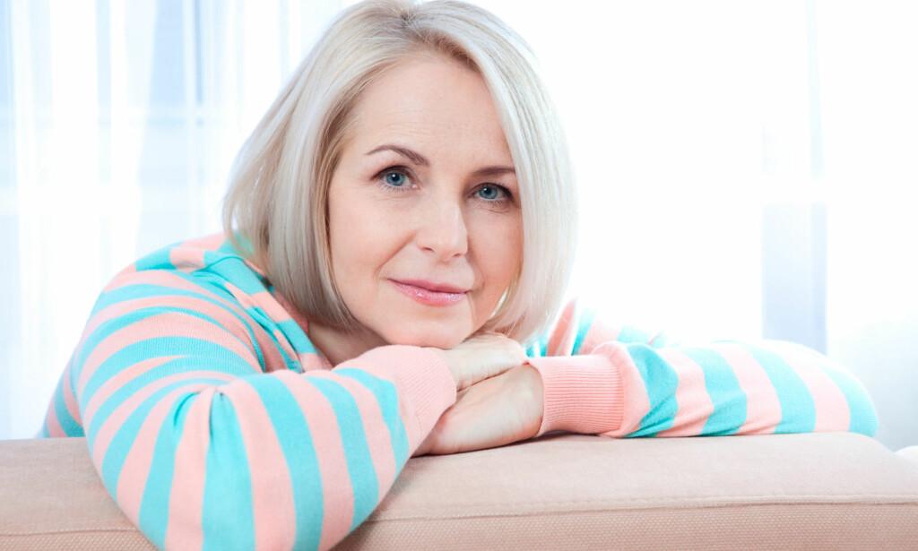 SYMPTOMER: Det første tegnet er at menstruasjonen blir uregelmessig. Mange opplever også hetetokter.10-15% får symptomer som humørsvingninger . Foto: NTB Scanppix / Shutterstock