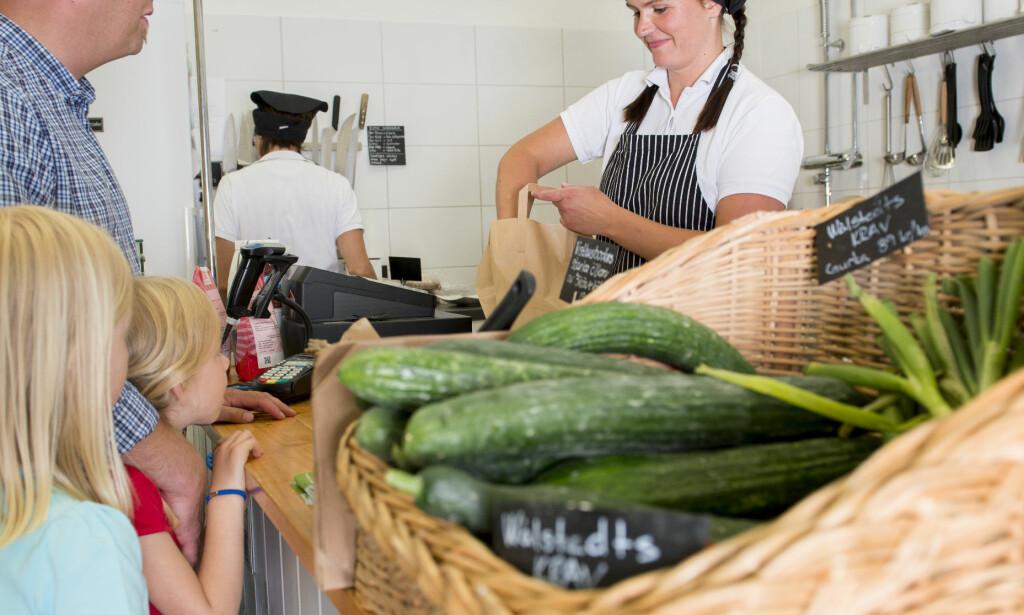 LANDHANDEL: Dalarna har et rikt utvalg av småskalaprodusenter og gårdsbutikker med kortreiste og økologiske delikatesser. Foto: Jonas Lindgren