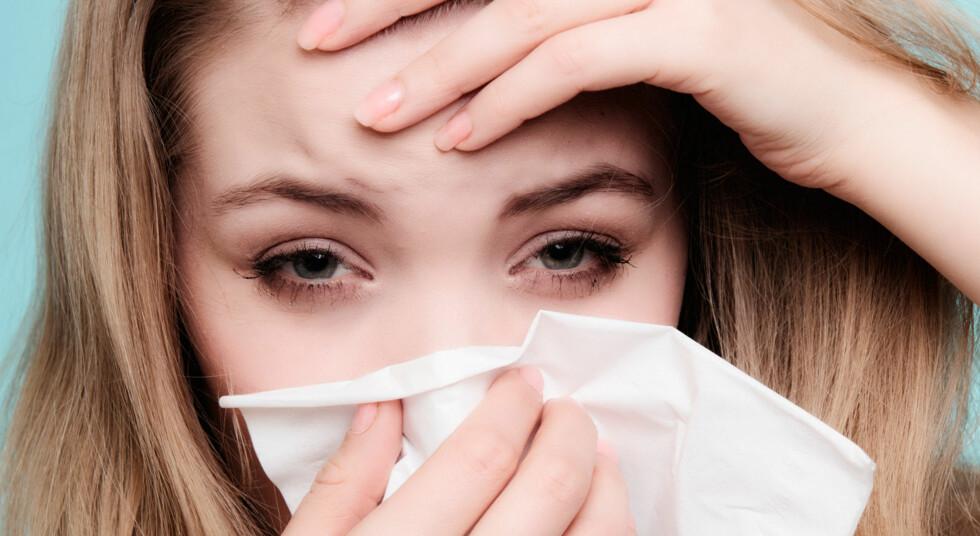 SYMPTOMER PÅ ALLERGI: Rennende nese, kløende øyne er klassiske symptomer på for eksempel pollenallergi. Men andre allergier kan gi helt andre symptomer. Foto: NTB Scanpix / Shutterstock