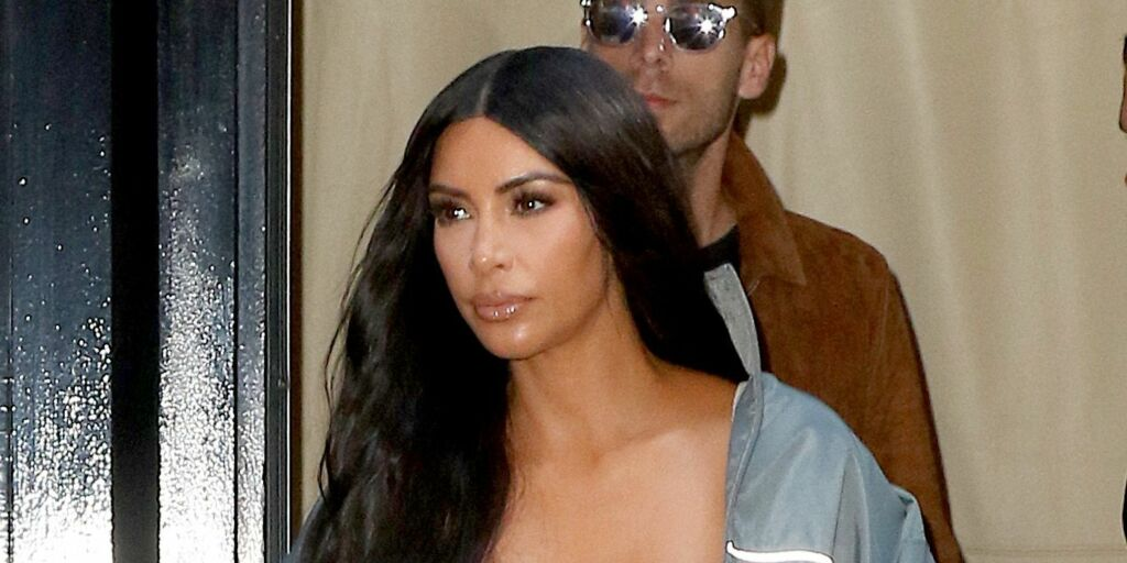 image: Kim raser på Twitter mot ektemannens venn