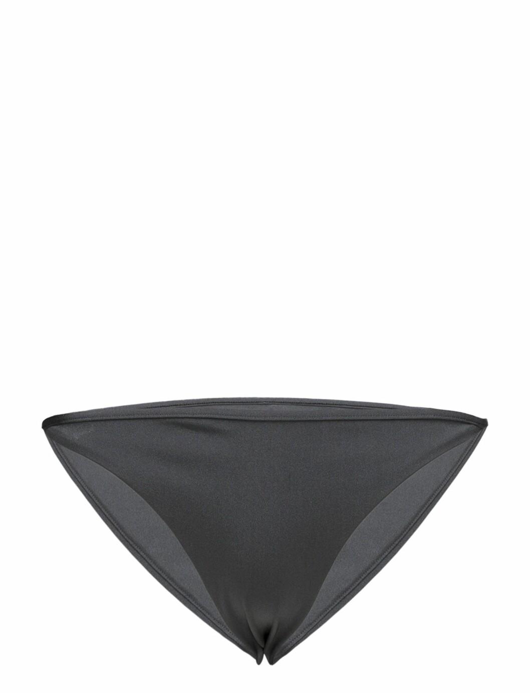 <strong>Bikinitruse fra Filippa K  400,-  https:</strong>//www.boozt.com/no/no/filippa-k-soft-sport/shiny-mini-brief_16654026/16654027?position=98&relNavId=70101&group=related
