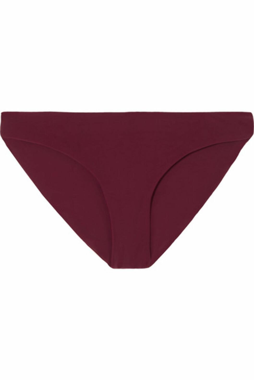 <strong>Bikinitruse fra Jade Swim  760,-  https:</strong>//www.net-a-porter.com/no/en/product/1073190/Jade_Swim/lure-bikini-briefs