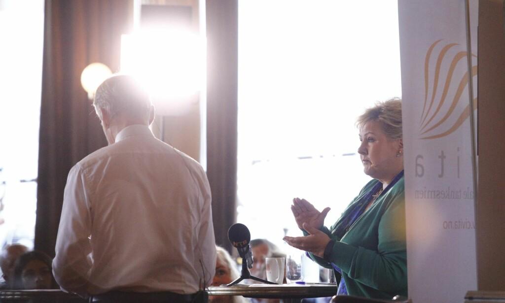 HAR LYKTES: Den eneste tenketanken som har fungert er Civita. Civitas bidrag til den politiske situasjonen i Norge har vært en strategisk og realpolitisk bragd, skriver artikkelforfatteren. Bildet er fra da Civita var vert da Erna Solberg og Jonas Gahr Støre møttes til valgkampens første duell i fjor. Foto: Audun Braastad / NTB scanpix