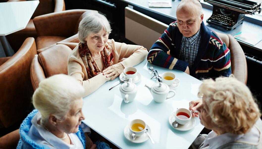 <strong>GODT LIV:</strong> Det kan være viktig å etablere og vedlikeholde relasjoner i overgangen til pensjonstilværelsen. Å bidra frivillig for andre kommer også høyt på listen, mener NOVA-forsker. Foto: Scanpix.