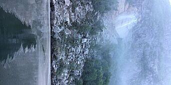 image: Fra huset så det ut som tåke. Da hun gikk ut av huset, kjente Lene lukta av stein