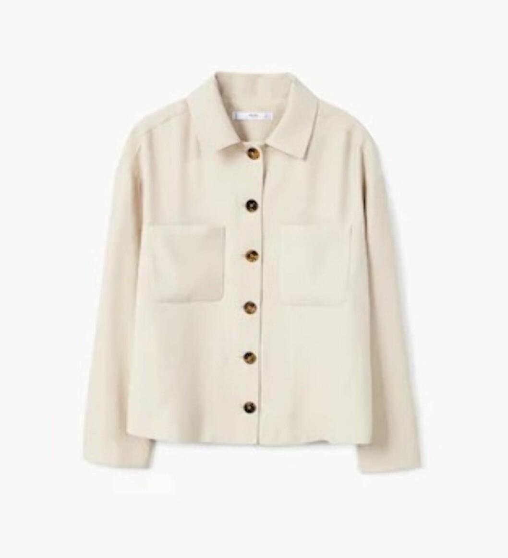 <strong>Skjorte fra Mango |499,-| https:</strong>//shop.mango.com/no/damer/skjorter-skjorter/skjorte-med-brystlomme_31040915.html?c=04