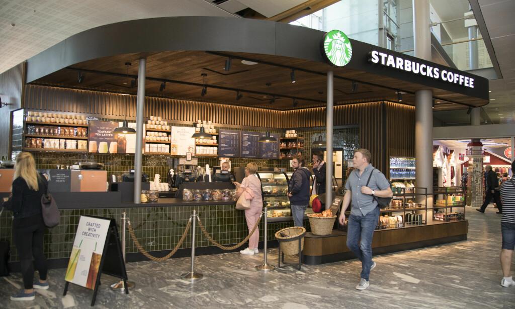 KAFFEBAR: Starbucks er mest kjent for fancy kaffedrikker med rare navn, men har også litt å bite i.