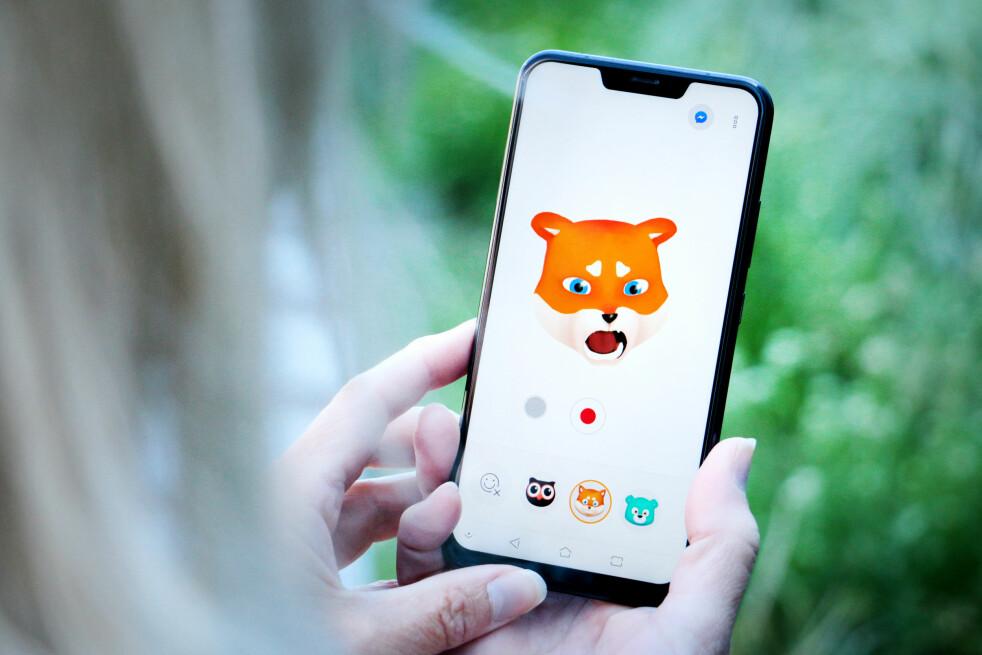 <strong>RARE GREIER:</strong> Asus Zenfone 5 vil mye som den ikke får til. Som Zenimoji, som skal være svaret på iPhone X sin Animoji. Android-utgaven til Asus er én av grunnene til at vi ikke klarer å like den nye mobilen deres. Foto: Ole Petter Baugerød Stokke