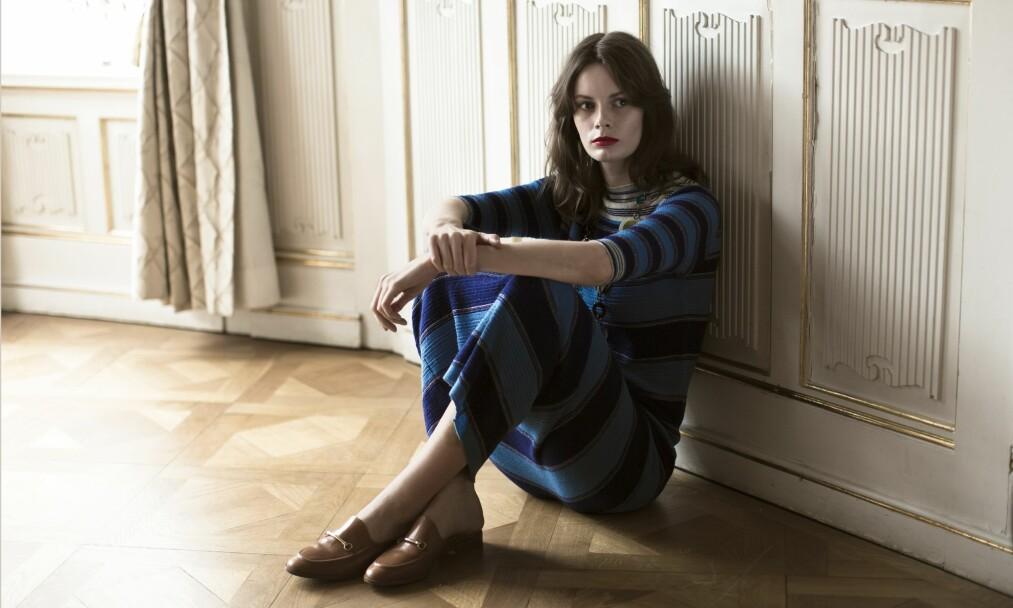 ROSKVA KORITZINSKY: Roskva kvier seg for å lese forfattere som skriver veldig annerledes enn henne selv.  – Jeg kan ta meg i plutselig å ville skrive som Dostojevskij, og det blir ikke særlig bra. Men jeg har lært meg ikke å gå i fella. sier hun. FOTO: Astrid Waller