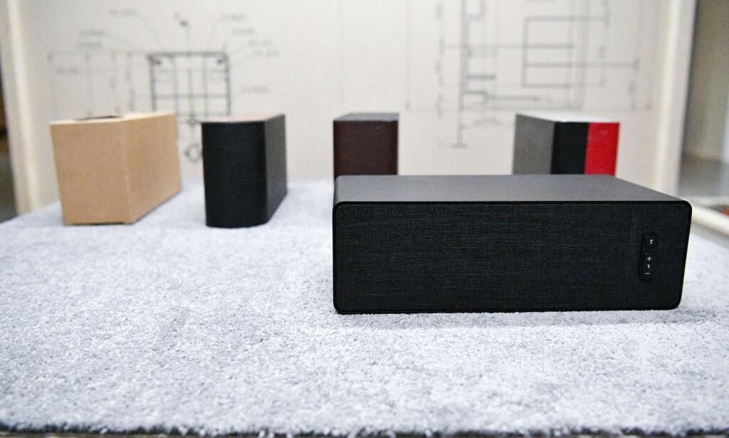SMART-HØYTTALER: IKEA kunne stolt presentere en Sonos-høyttaler med strømming og flerromsmulighet under et arrangement i hovedkvarteret sitt i forrige uke. Foto: Johan Nilsson/TT/NTB Scanpix