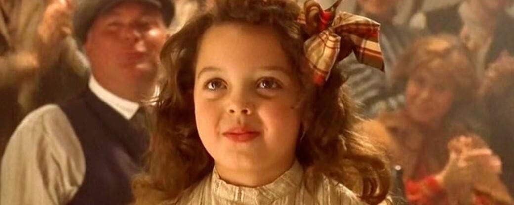 TITANIC: Alexandrea Owens-Sarno portretterte den lille jenta Cora Cartmell i «Titanic». FOTO: Skjermbilde fra Titanic