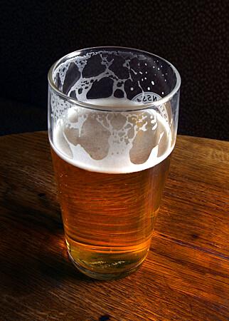STORE FORSKJELLER: Ølet som ble sjekket på Vinmonopolet var mellom 53 prosent og 200 prosent dyrere enn på Systembolaget. FOTO: SCANPIX