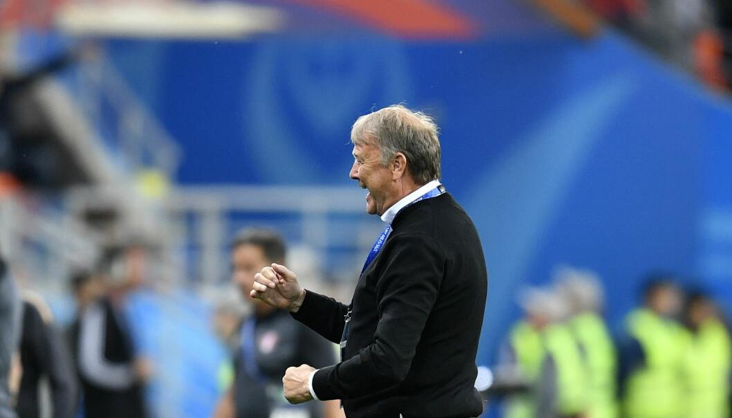 <strong>HELDIGE:</strong> Åge Hareide og Danmark vant kampen mot Peru. Foto: AP Photo/Martin Meissner