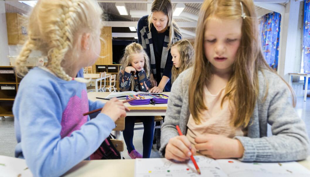 <strong>PRESTERER BEDRE:</strong> Familieformue påvirker barnas skolegang i positiv retning. Men penger eller ikke; det er mange måter besteforeldre kan hjelpe barnebarna å prestere bra på skolen. Få tipsene fra forskeren lenger nede i artikkelen. Foto: Scanpix