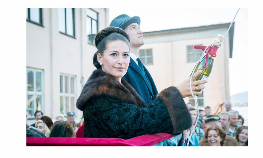 LYKKELAND: I oktober har NRK premiere på den åtte episoder lange dramaserien «Lykkeland» - om starten på det norske oljeeventyret. Pia Tjelta og Per Kjerstad finner vi i rollene som rederparet Ingrid og Fredrik Nyman. FOTO: NRK