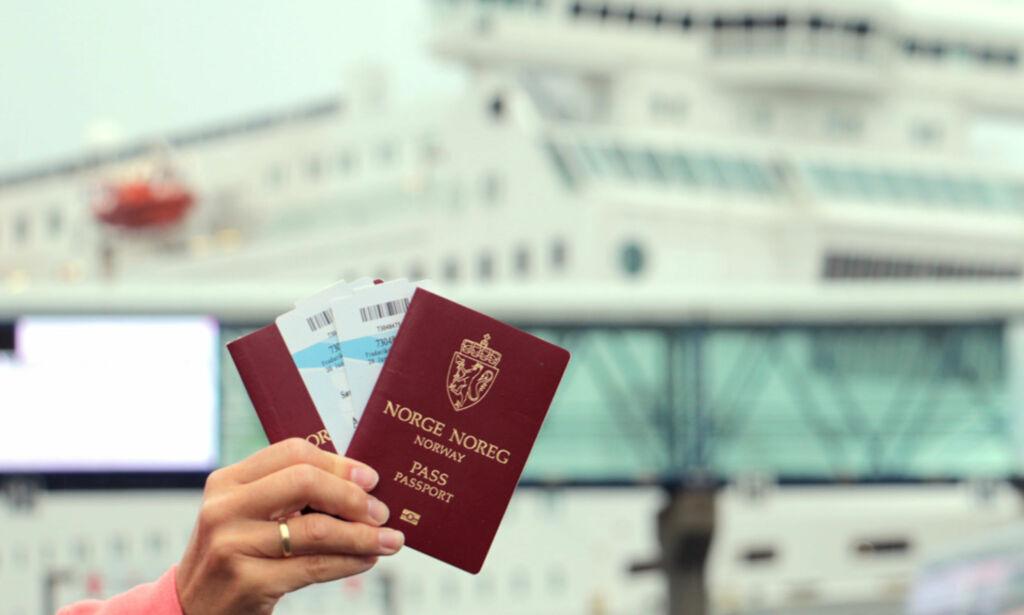 image: Derfor må du ha med pass på danskebåten