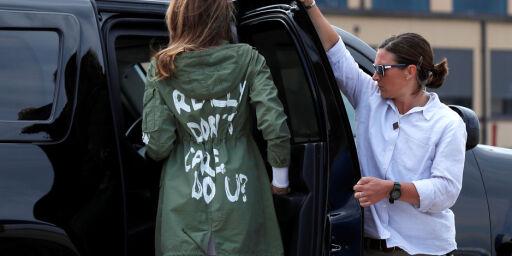 image: Klesmerker med jakke-protest mot Melania